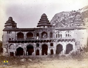 Chandragiri fort old pic2 copy